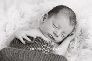 book fotografico neonati milano bianco e nero