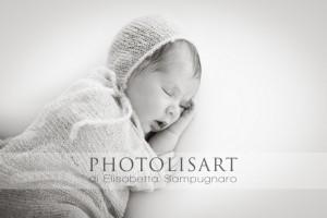 servizio fotografico neonato bianco e nero