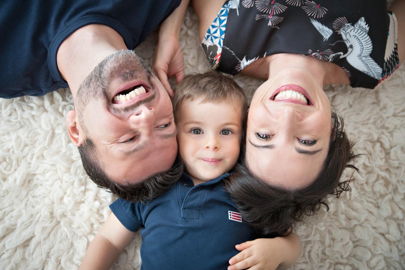 servizio fotografico famiglia felice
