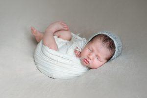 best newborn photographer italy