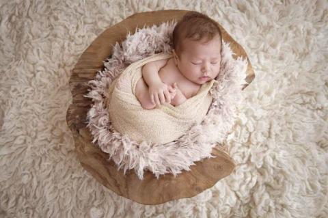 foto neonato varese