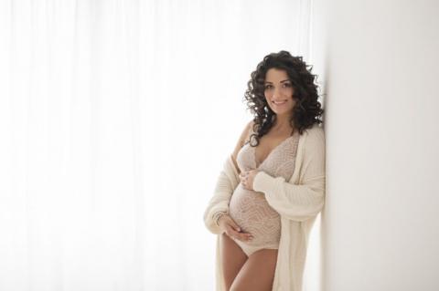 Servizio fotografico maternità milano
